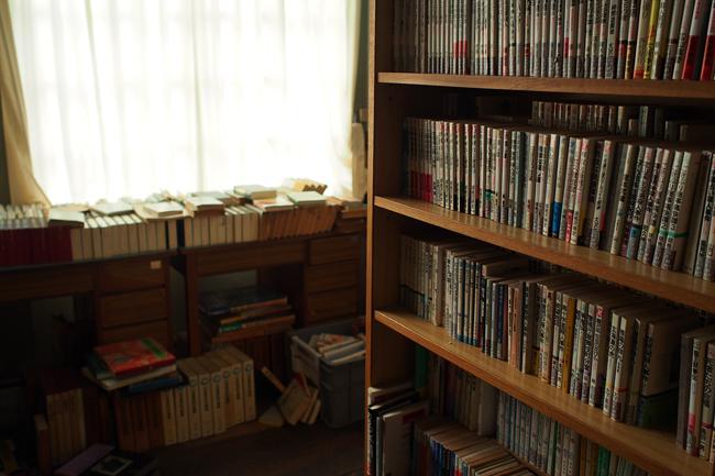 旧遷喬尋常小学校の図書室