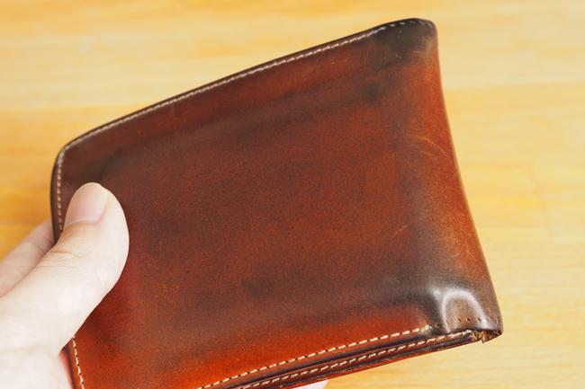 CYPRIS ナチュラルコードバン 二つ折り財布のエイジングレポート