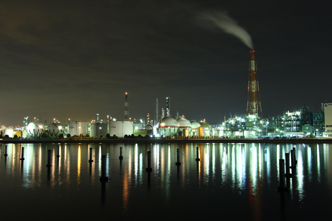 四日市ドーム前から望む工場夜景