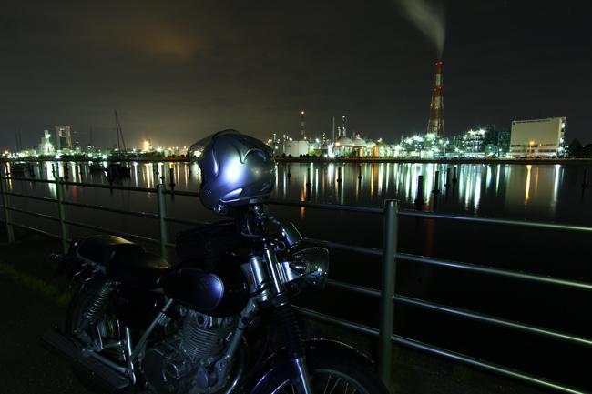 ST250と四日市ドーム前から望む工場夜景