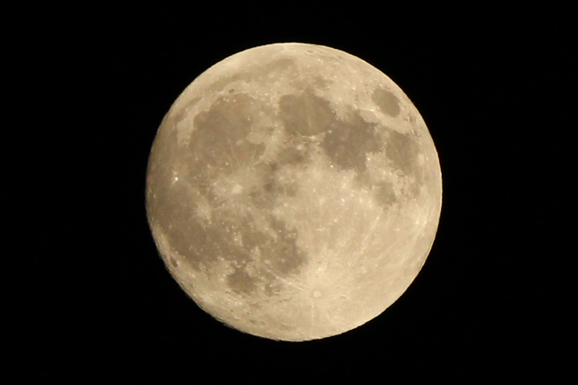 今夜はお月見!中秋の名月を撮影してみた(ウサギもいるよ)