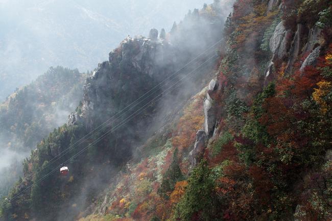 紅葉シーズンの三重県 御在所岳に登ってきた