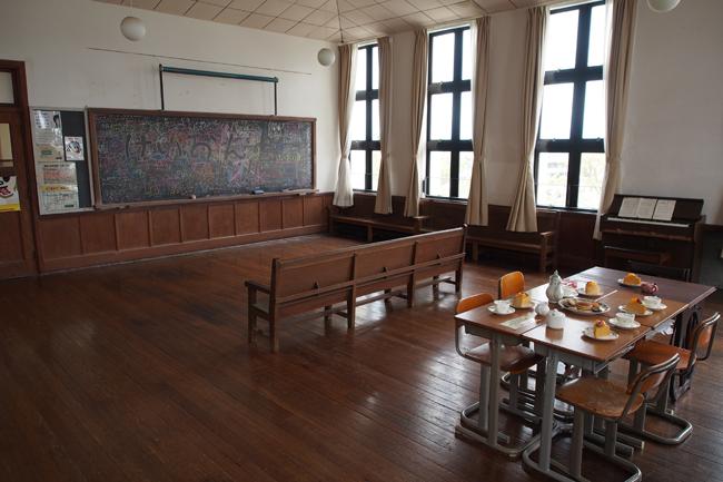 聖地巡礼 アニメ「けいおん!」の舞台となった豊郷小学校旧校舎群へ行ってきた