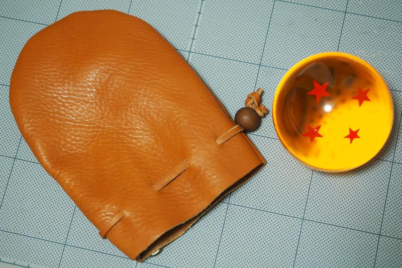 レザークラフトでドラゴンボールの四星球用レザー巾着袋を作った