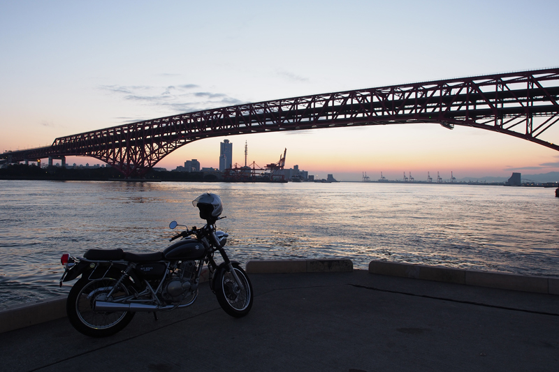 ST250と夕焼け in 大阪港第三突堤第七岸壁(ナナガン)
