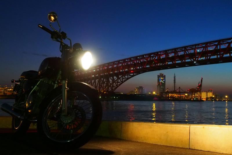 ST250と夜景 in 大阪港第三突堤第七岸壁(ナナガン)