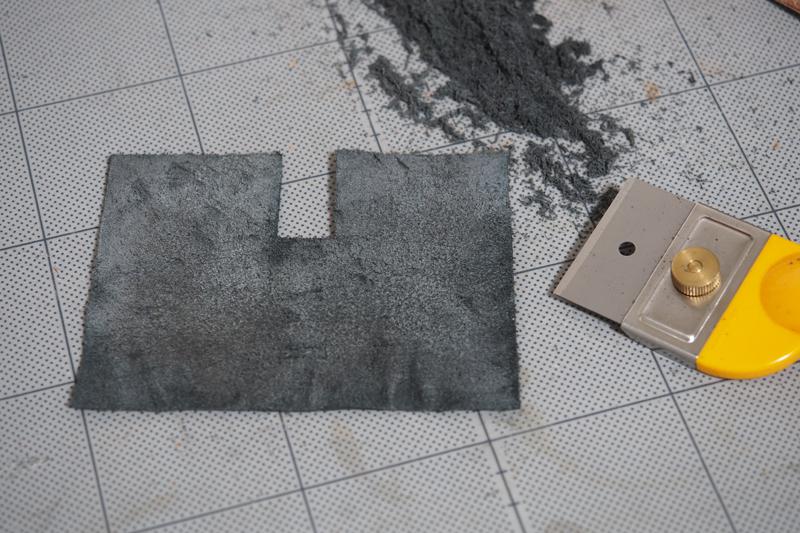 レザーミンティアケースの製作工程