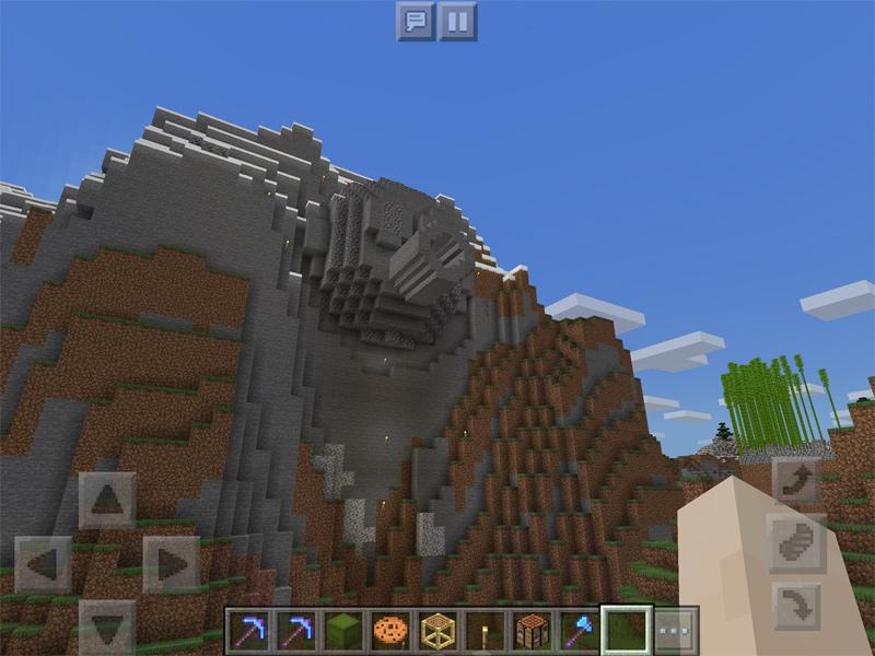 マインクラフトでトリヤマロボの顔岩を建築