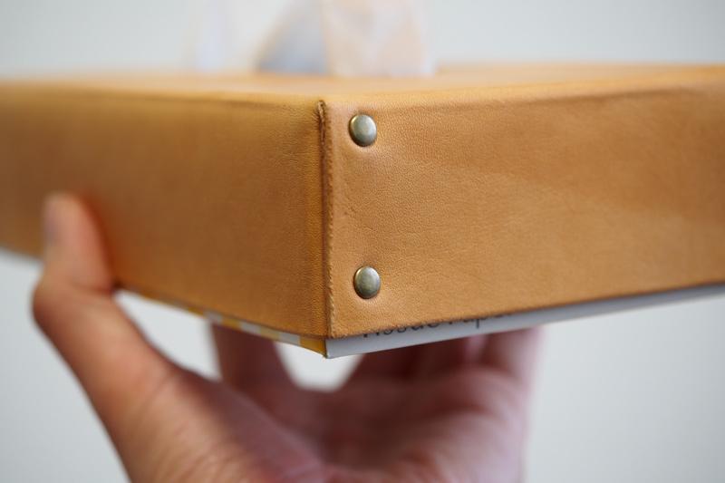 レザーティッシュボックスカバー改の製作工程